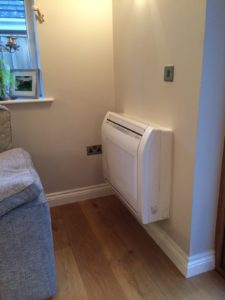 Picture of wall-mounted Fujitsu R410A heat pump